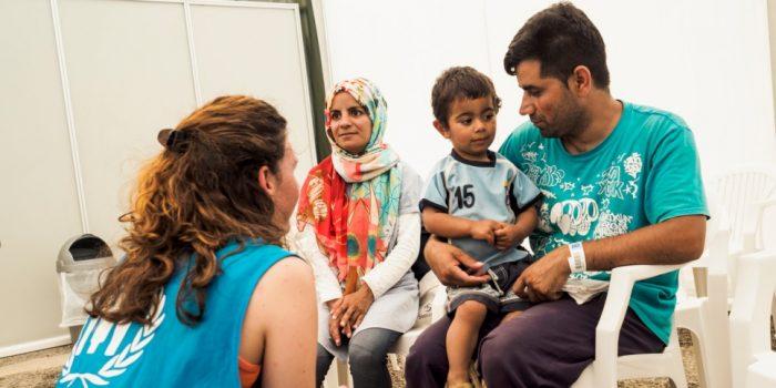 15,500 Asylum Seekers Given Temporary Residency in Greece