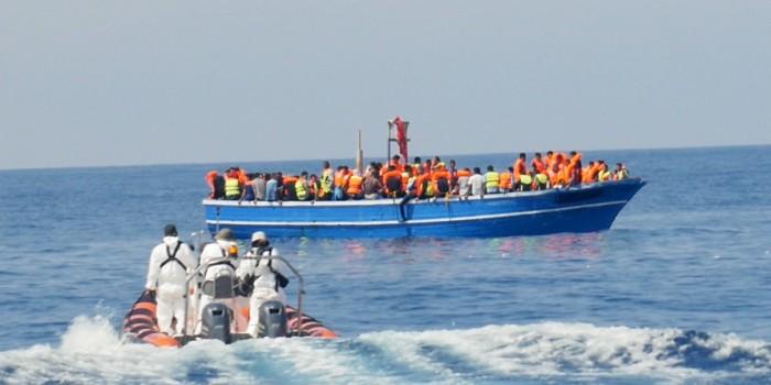 Libyan Coastguard Assists MOAS During Rescue