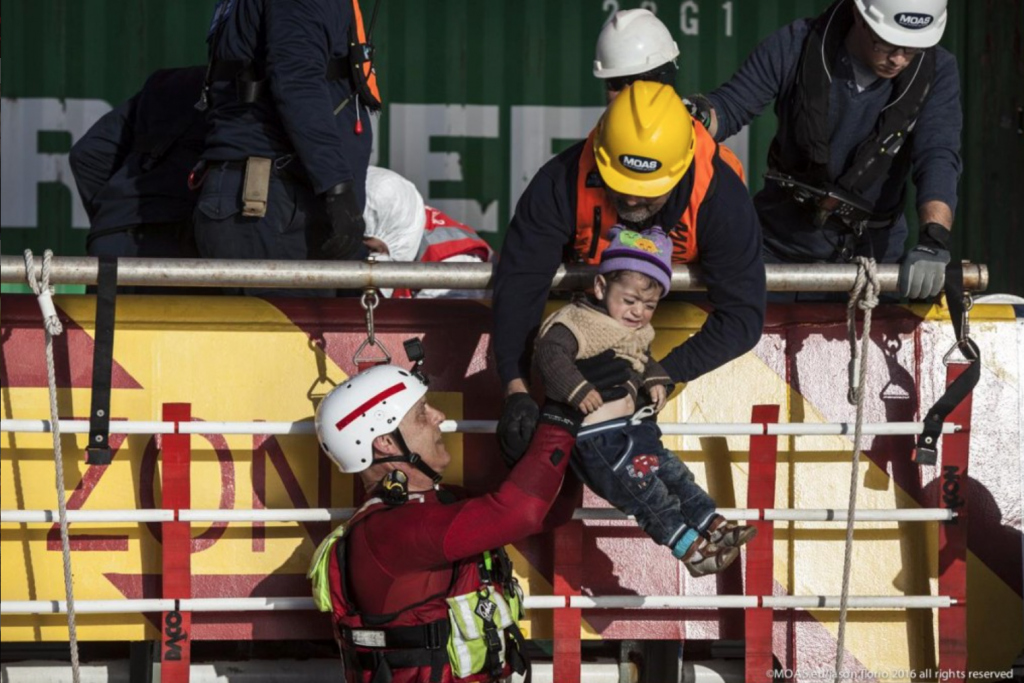 MOAS rescue in the Aegean. Photo: Jason Florio/ MOAS.eu